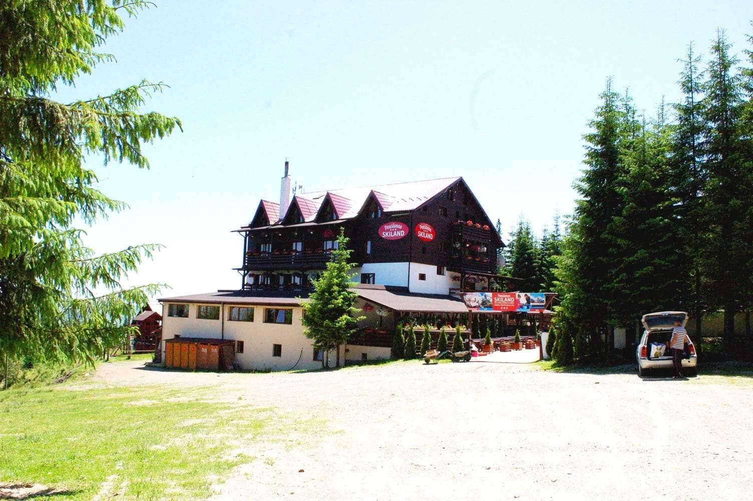 terasa aventura cazare baisoara pensiune skiland ieftin cluj munte gratuit mici bere