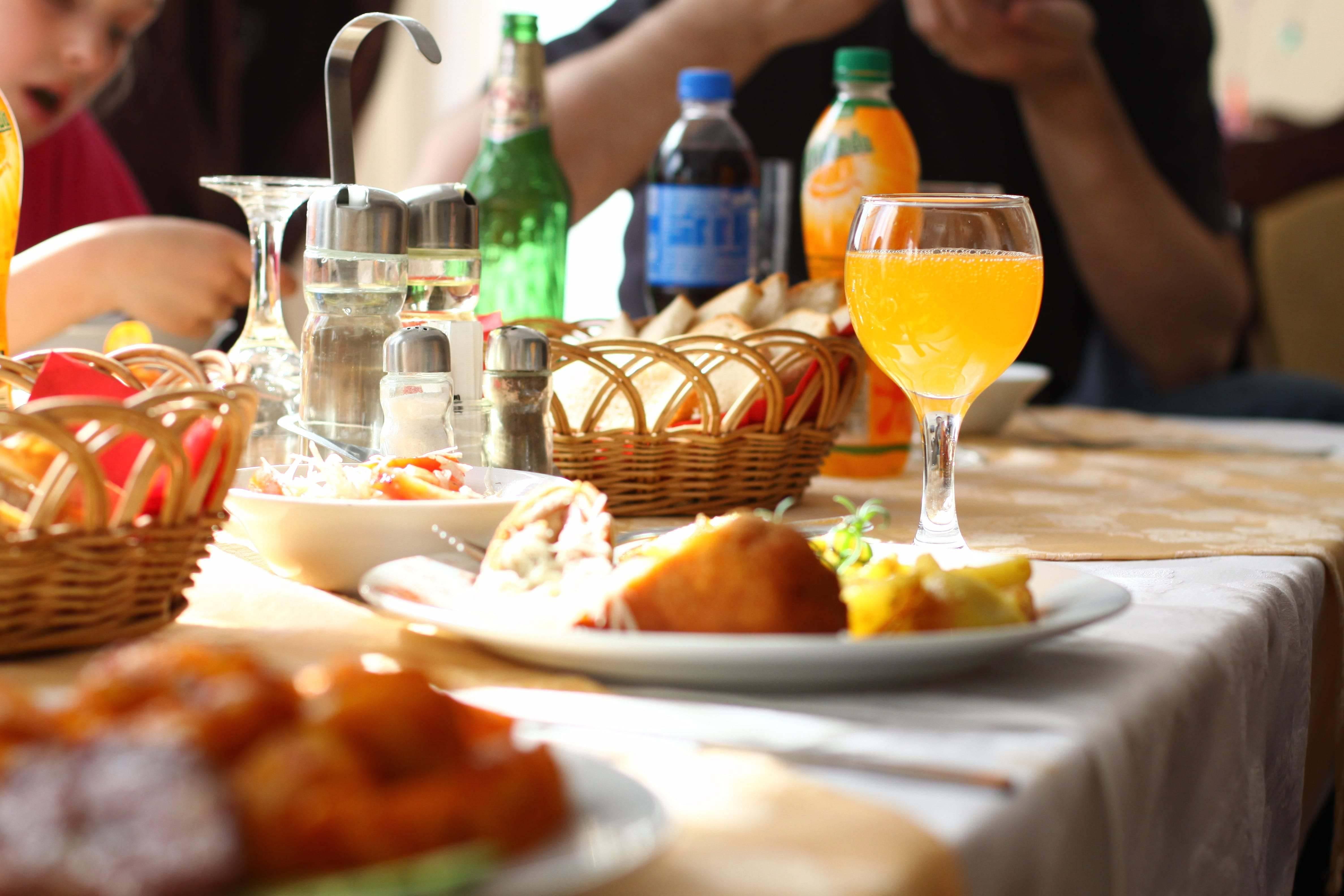 restaurant aventura cazare baisoara pensiune skiland ieftin cluj munte gratuit mici bere