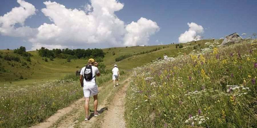 aventura cazare baisoara pensiune skiland ieftin cluj munte gratuit traditional Imprejurimi